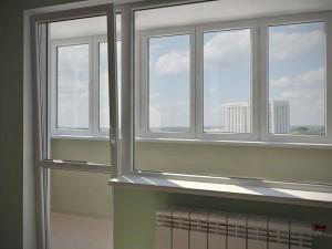 teploe-osteklenie-balkonov-v-himkah